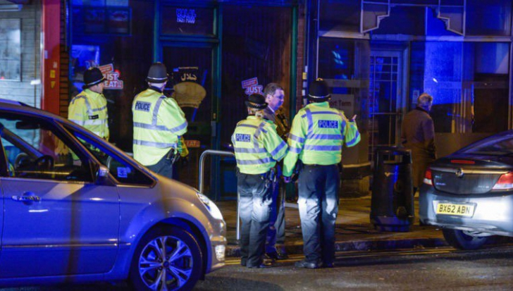 Politia britanică, în raid