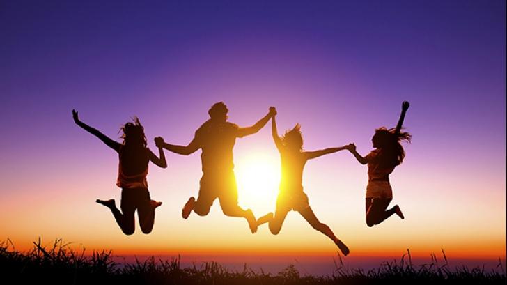 Cercetătorii au descoperit: oamenii fericiţi sunt cei mai sănătoşi!