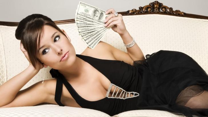 Uluitor! Prin ce chinuri trec iubitele milionarilor. O tânără dezvăluie din culisele relaţiei sale