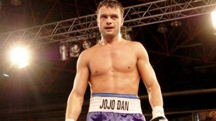 Jo Jo Dan, învingător prin KO tehnic în gala de la Montreal