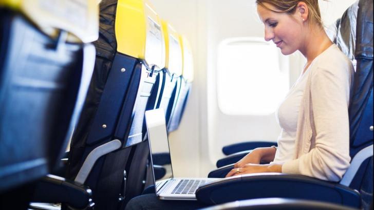 Decizie de ultimă oră. Cetățenii acestor țări nu vor mai avea voie cu laptopul în avion
