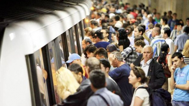 Studenţii cer ca metroul din Bucureşti să circule şi noaptea