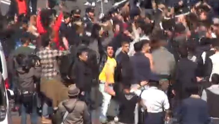 Incidente în fața Consulatului Turciei din Bruxelles. Mai mulți răniți