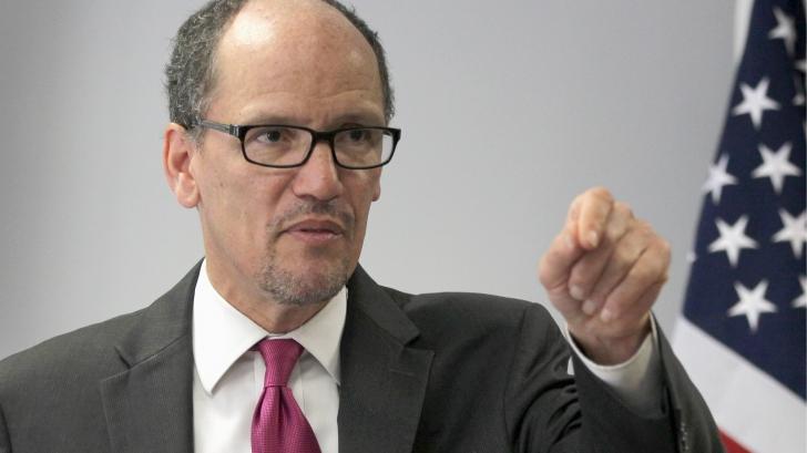 Comitetul Naţional Democrat din SUA cere tuturor membrilor săi să demisioneze