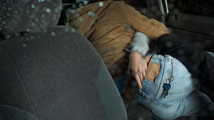 A făcut sex într-o camionetă, însă ce a urmat este mai ciudat