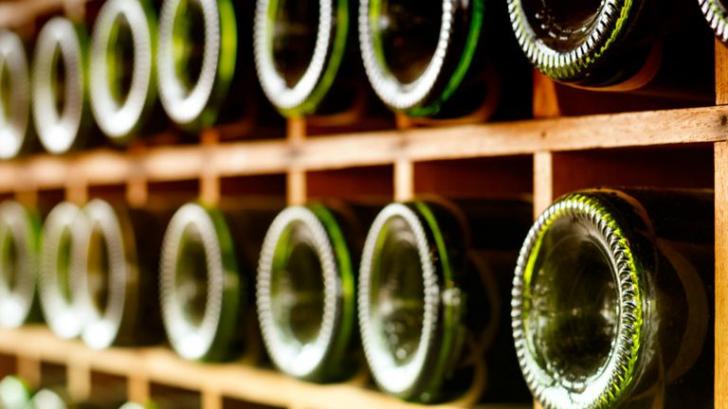 La ce folosește adâncitura de pe fundul sticlelor de vin? Chiar nu aveai de unde să știi