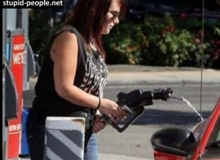 <p>Cei mai stupizi oameni din lume. Imaginile care au îngrozit o lume întreagă!</p>