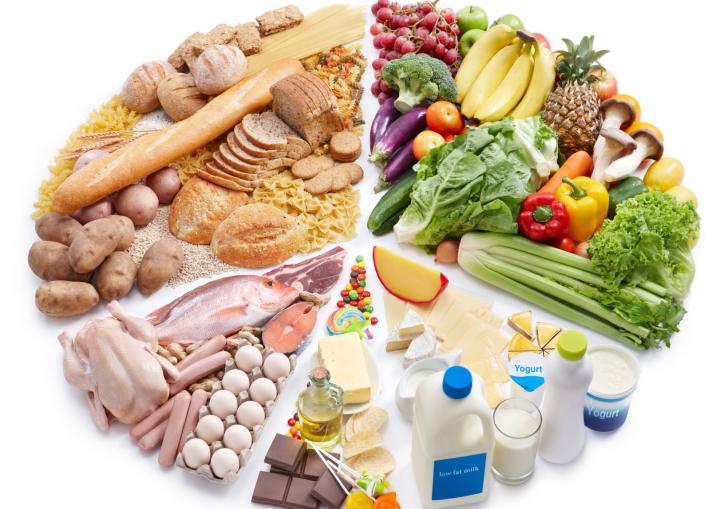 Cât se SĂNĂTOS mănâncă, de fapt, românii. Frecvenţa CANCERULUI de colon, creştere alarmantă!