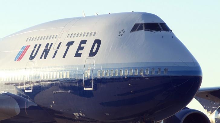 Colanții interziși în avion. O nouă controversă stârnește furtună în social media