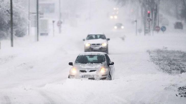 Un strat consistent de zăpadă se va depune în zilele următoare