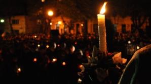 Sfânta Lumină de la Ierusalim va fi adusă, sâmbătă, în România