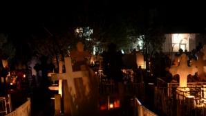 De ce se aprind focurile în cimitire în Joia Mare