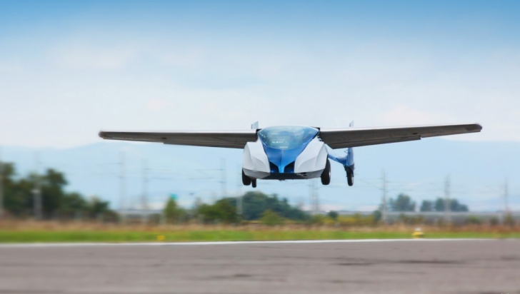 Viitorul ne prinde din urmă! Prima mașină zburătoare va fi lansată curând
