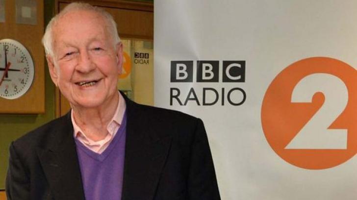 Gafă de proporții la BBC. S-a anunțat moartea unui faimos realizator, dar acesta este în viață