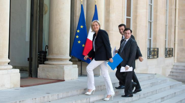 Lovitură pentru Le Pen. Succesorul ei în fruntea FN, învins de acuzațiile de negaționism