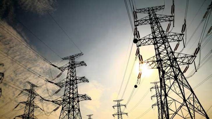 Aproape 4.000 de oameni nu au curent electric de 6 zile în județul Vaslui. Situația este CRITICĂ