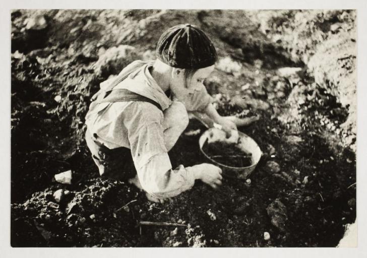 Fotografii uluitoare realizate de un fotograf evreu în timpul Holocaustului! Imagini emoționante