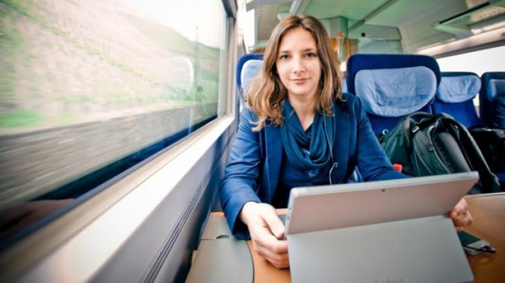A refuzat să mai plătească chirie, dar şi-a luat un abonament la tren. Unde doarme tânăra studentă