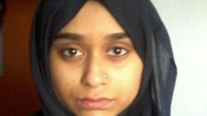 ȘOCANT! S-a alăturat ISIS, iar tatăl ei vrea să fie judecată de legea britanică