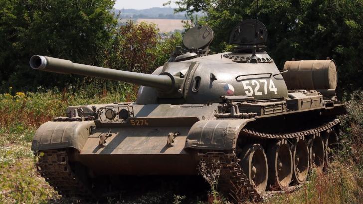 Descoperirea uimitoare făcută într-un tanc sovietic de un colecţionar. Viaţa i s-a schimbat DRAMATIC