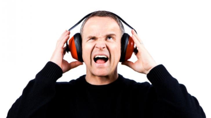Țiuitul în urechi: află ce boli grave poate ascunde acesta