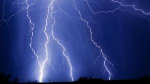 ALERTĂ METEO de ultimă oră: COD PORTOCALIU de furtuni şi grindină