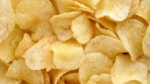 Cum să faci chipsuri de cartofi sănătoase, la tine acasă