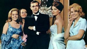 """A murit una dintre """"fetele Bond"""""""