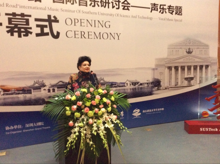 După Europa, America şi Japonia, Mariana Nicolesco cucereşte China!