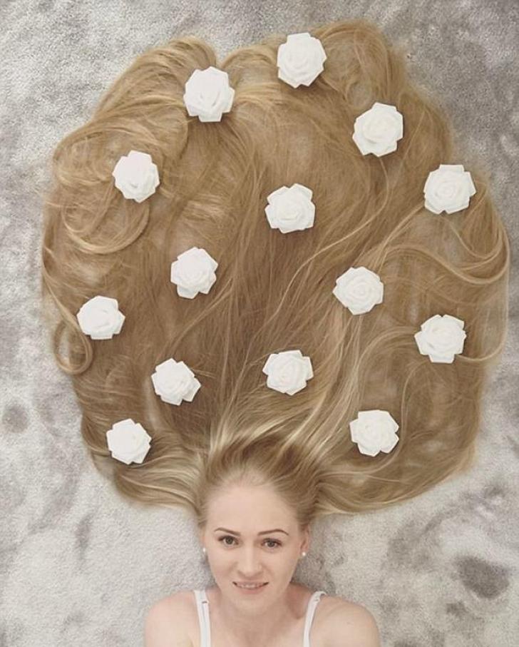 Cum arată femeia care nu și-a tuns părul de 17 ani