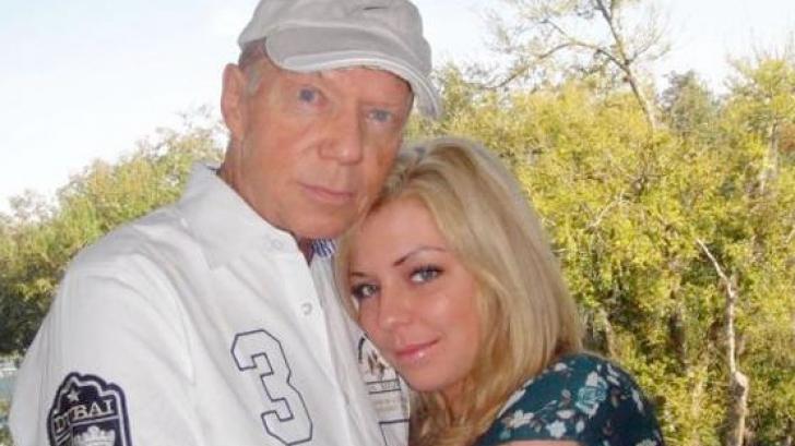 Își iubea enorm soțul. După 13 ani de mariaj, el a murit. La funeralii i-a aflat cel mai mare secret