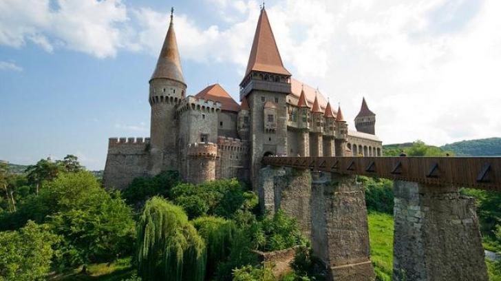 Principalul suspect al spargerii de la Castelul Corvinilor a fost prins
