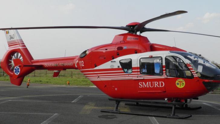 Copil de 5 ani, grav rănit în timp ce traversa neregulamentar, a fost luat de un elicopter SMURD
