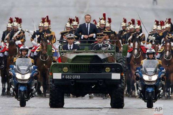 Macron, la înmormântarea liderului care a schimbat soarta Europei: Istoria să ne judece şi pe noi