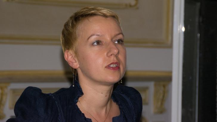 Dana Gîrbovan îi răspunde Monicăi Macovei: De unde ştie ce conţine arhiva SIPA?