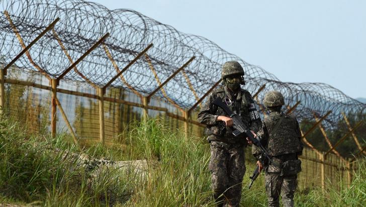Foc de avertisment la graniţa nordică a Coreei de Sud