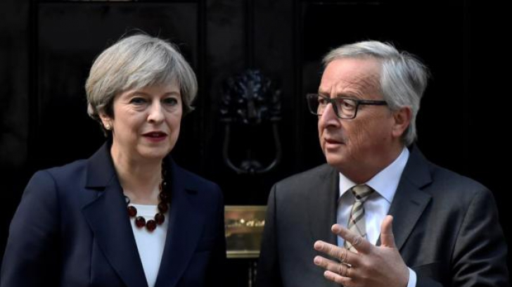 Theresa May şi Jean Claude Juncker, o cină dezastru