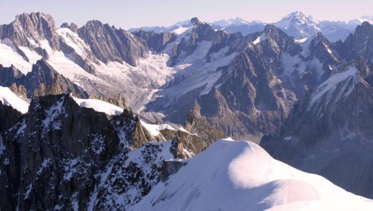 Avalanşă în Alpii francezi: Trei oameni au murit