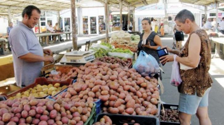 Mare atenţie atunci când cumperi cartofi. Dacă arată aşa, sunt toxici!