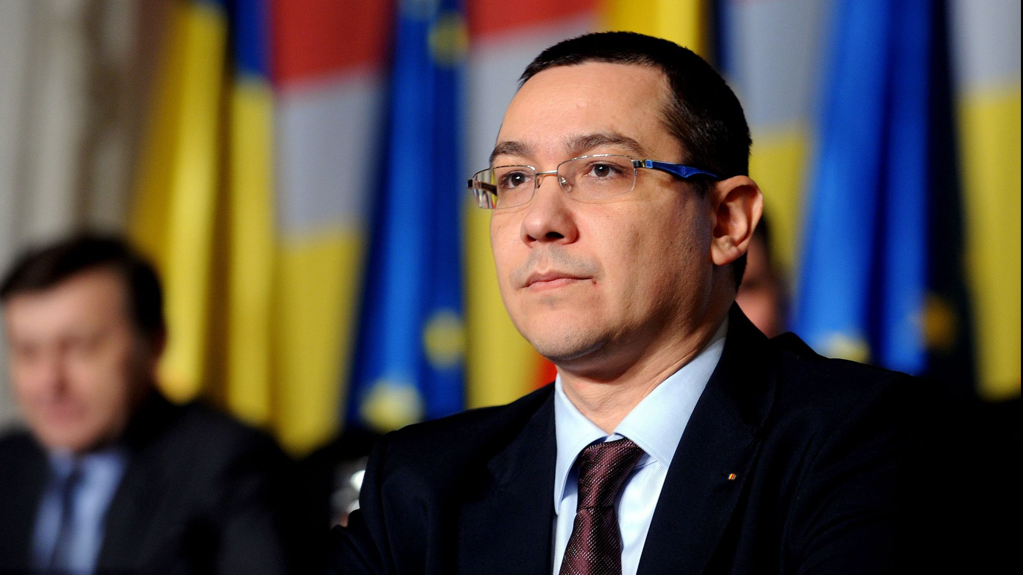 """Ponta, atac către Dragnea şi Tudose: """"Viziunea economică, şir de…"""