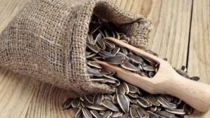 Adevărul despre seminţele de floarea-soarelui: ajută sau nu la slăbit?