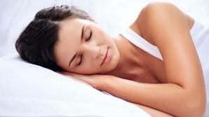 Cele mai periculoase poziţii de somn: cauzează apariţia unor BOLI GRAVE
