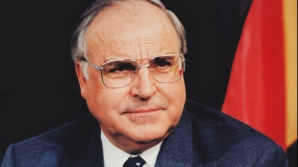 Helmut Kohl a murit