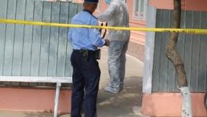 O ieşeancă, mamă a trei copii, găsită spânzurată în curtea casei. Dezvăluirea şoc a unei vecine