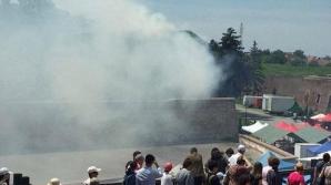 INCIDENT la schimbul de Gardă, la Alba Iulia. INCENDIU de la pulberea salvelor de tun / Foto: jurnalul.ro