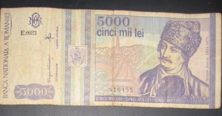 Mai ai pe acasă bancnote de 5000 de lei cu Avram Iancu. Iată cât valorează acum