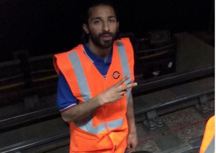 Teroristul cu acces la metroul londonez