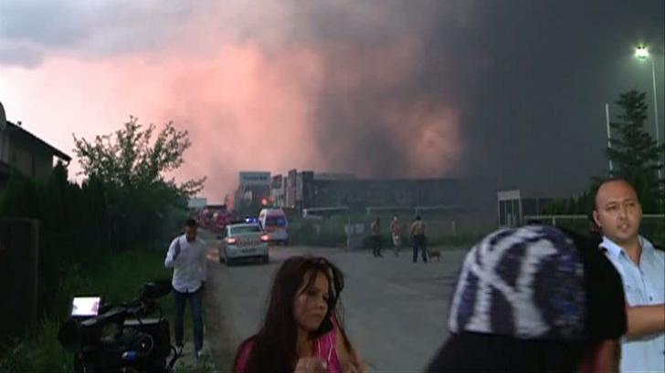 """Firma ale cărei depozite din Baloteşti au luat foc: """"Nu avem probleme financiare"""""""