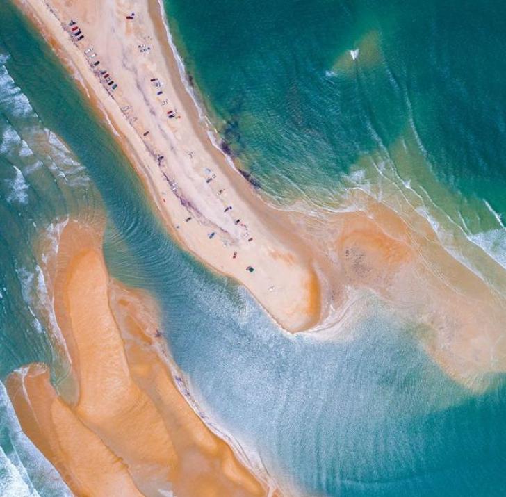 Misterul insulei apărută în Triunghiul Bermudelor