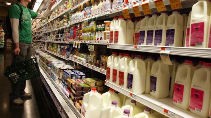 Conținutul de lapte praf în produsele lactate nu mai trebuie declarat pe etichete